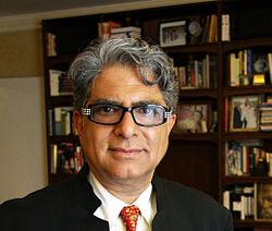 Deepak Chopra | wikipedia.com